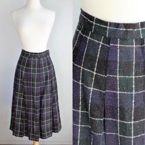 Vintage 1960s Plaid Wool  Pleated Skirt, Small
